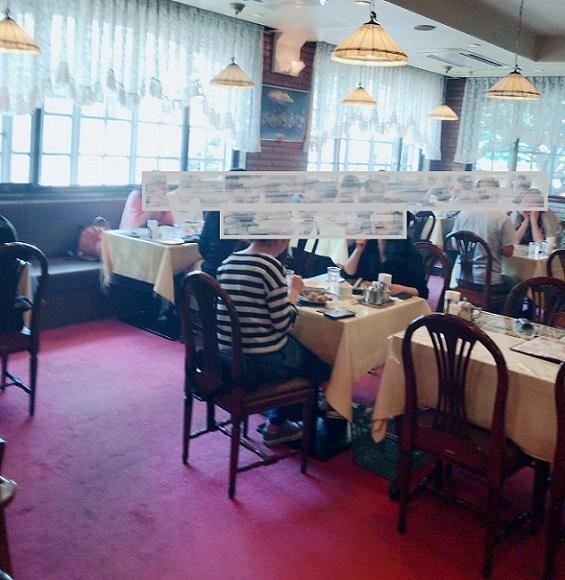 レストラン サイボク 店内