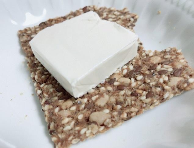 シグダル クリスプブレッド ライ麦&スペルトとクリームチーズ