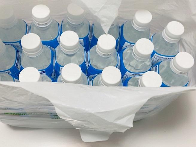 イオンレジ袋と500ml ペットボトル