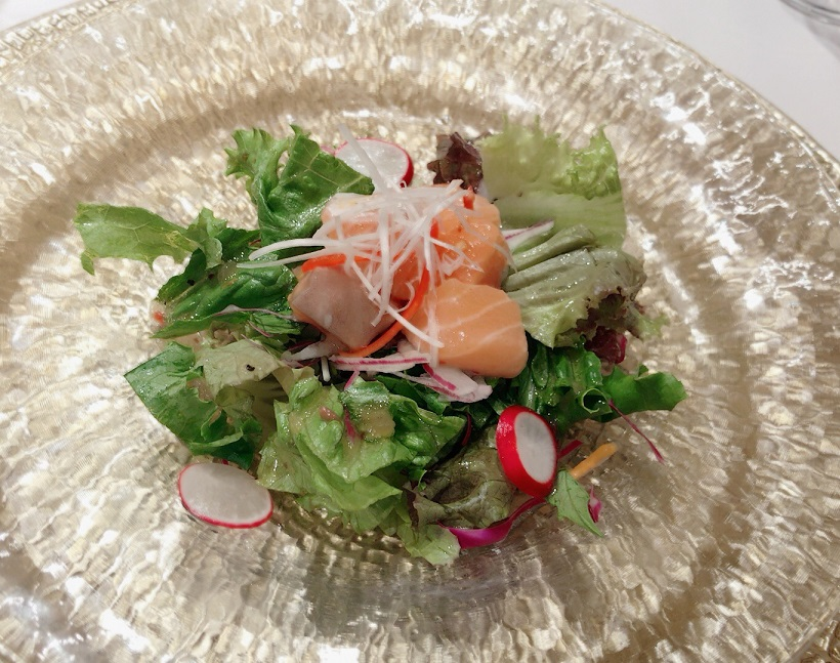 重慶飯店 麻布賓館 秋鮭の中華風マリネ