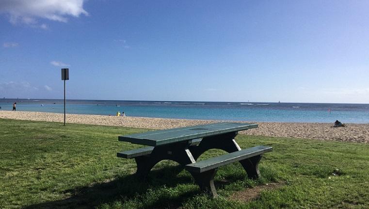 ハワイ浜辺