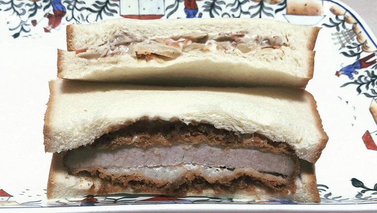 ロクアーチェ カツとゴボウのサンドイッチ